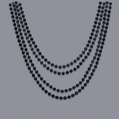 lang sort perlekæde